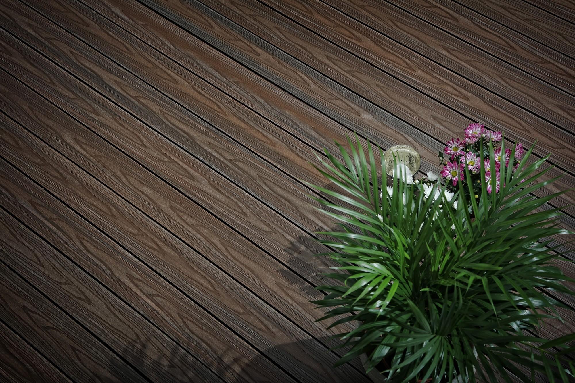 Walnut composite decking2
