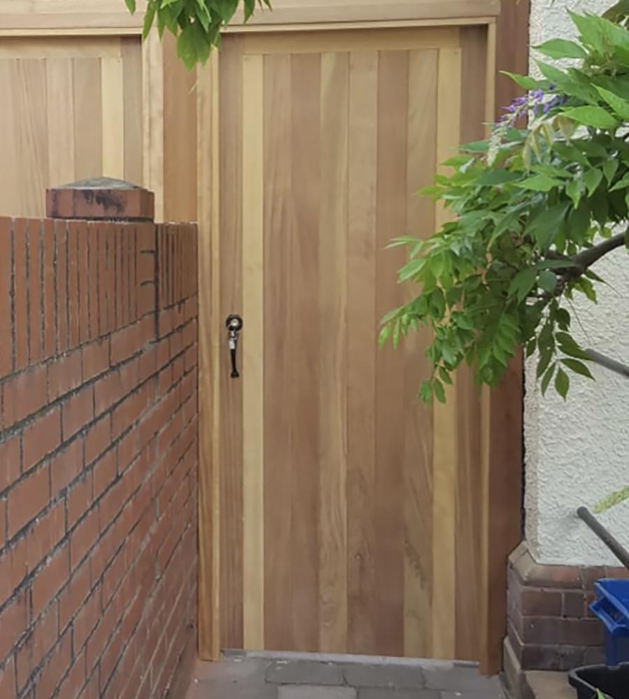 Iroko tongue and groove gate
