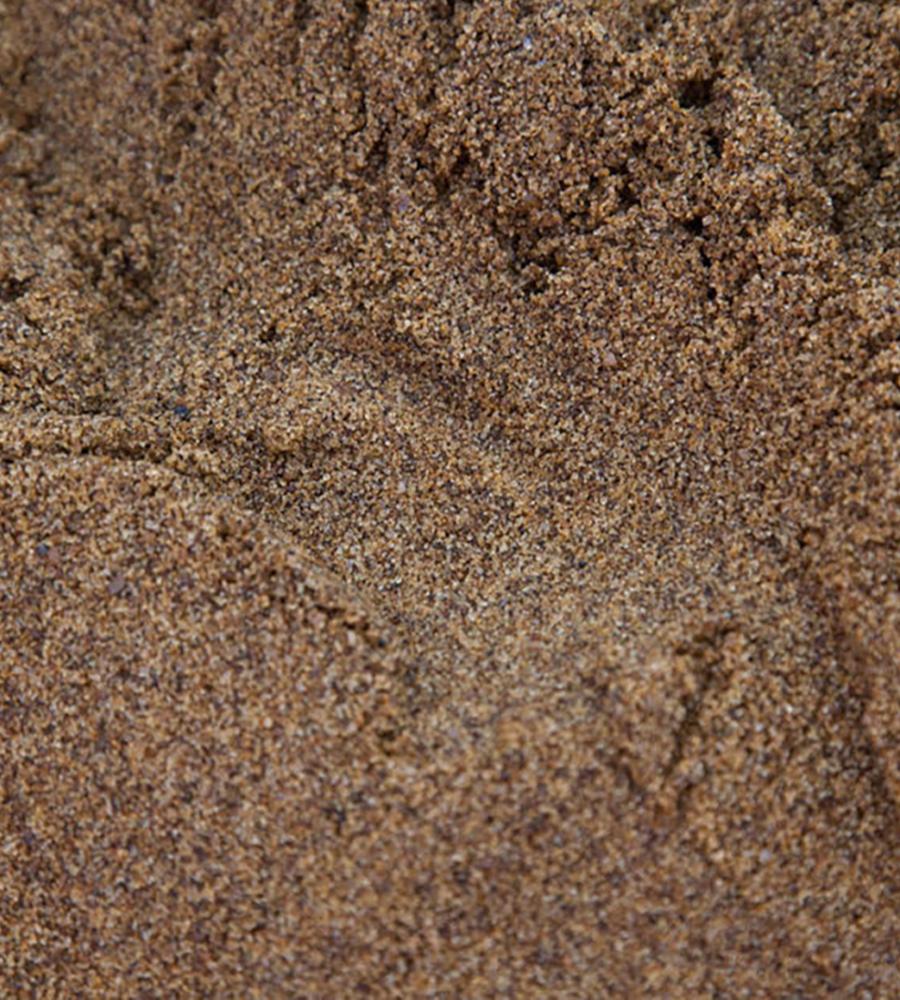 Rendering sand (Leighton buzzard)