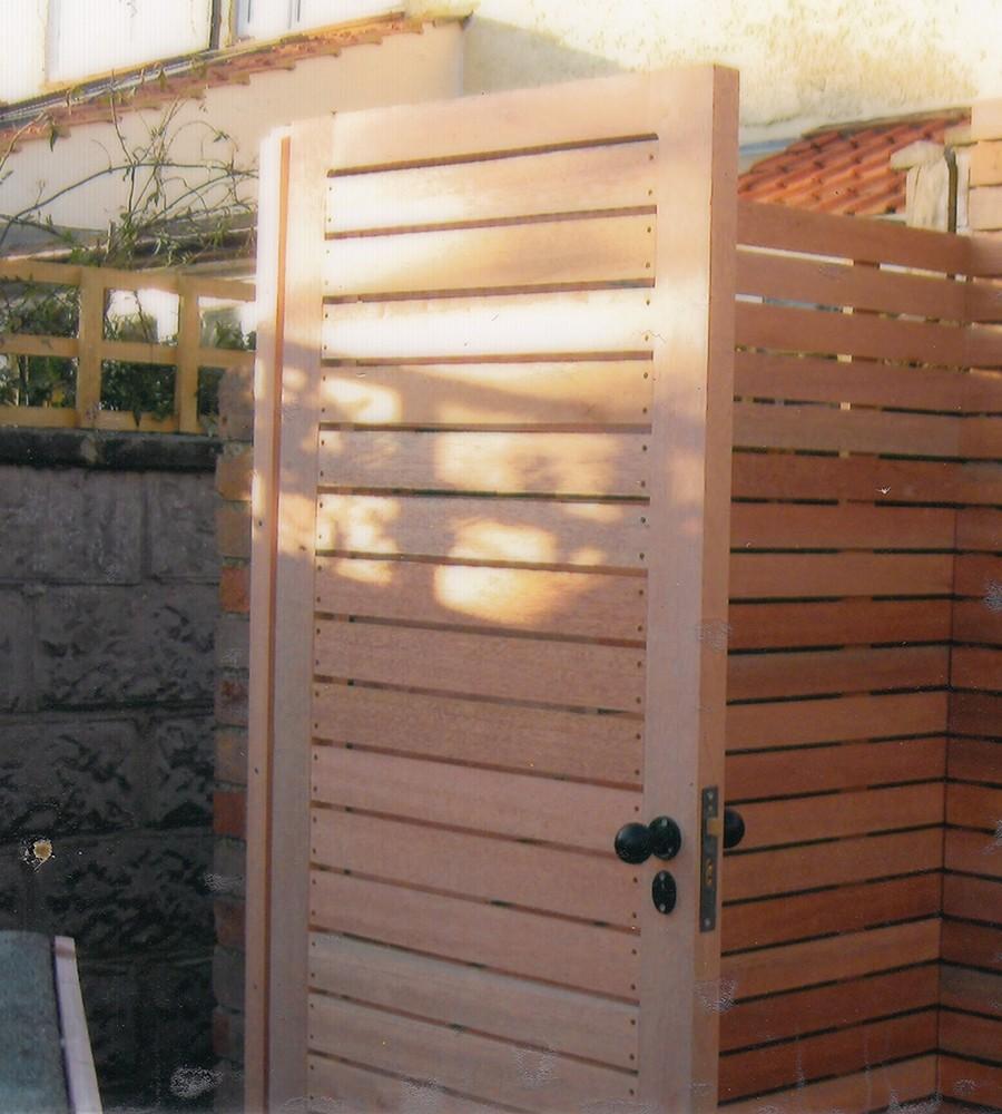 Meranti or cedar lateral gate