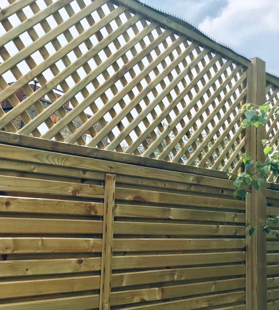 Privacy diamond trellis